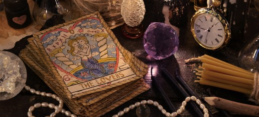 How to Read and Interpret Tarot Cards