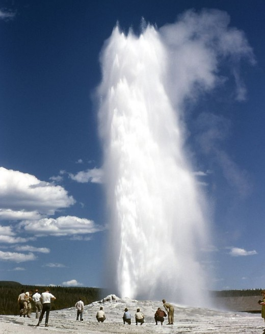 Geyser at Yellowston Nat'l Park.