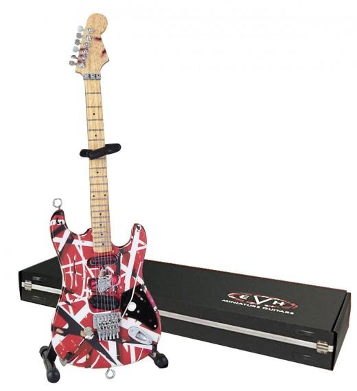 Eddie Van Halen's legendary Frankenstrat - in miniature!