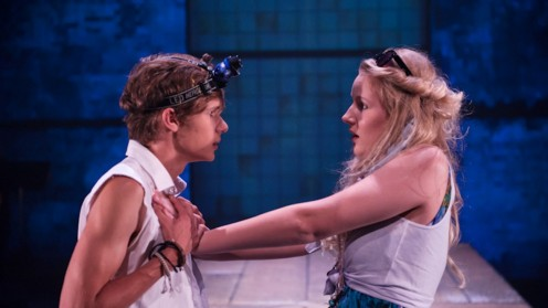 Analytical Essay: Shakespeare in Contemporary Society: Love in 'Romeo and Juliet'