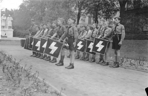 Worms, Jungvolk-Fanfarenkorps, 118er-Denkmal Hitler Youth