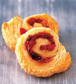 Puff Pastry rolled with fruit