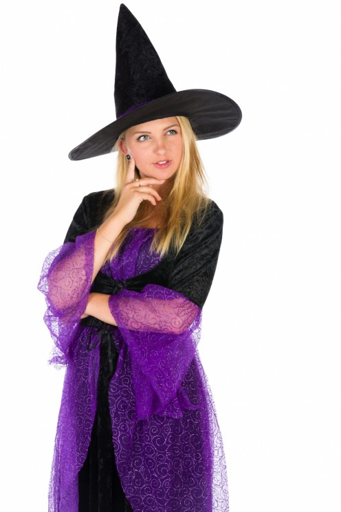 Do you want to be a witch for Halloween? This black-and-purple outfit isn't the only witch dress out there. You have plenty more costumes to choose from
