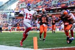 Giants win sixth straight game 27-13 and keep the Browns winless at 0-12.