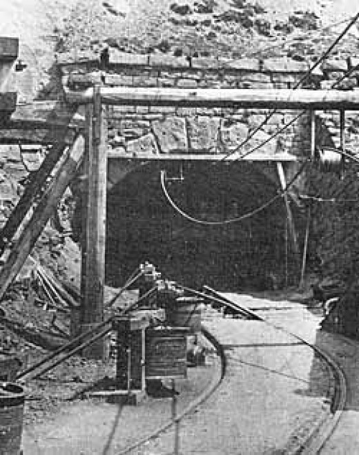 Rosedale East adit (drift mine entrance), 1925. The mines had seen a slow decline in production by this time
