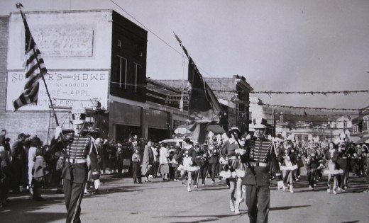 1940's Christmas,  downtown Poteau