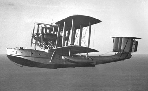 The Blackburn 'Iris', this view shows the wing struts, hull and float profile - virtually a 'flying boat' as early seaplanes were described