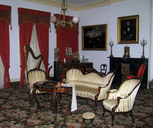 Inside the 1850 House