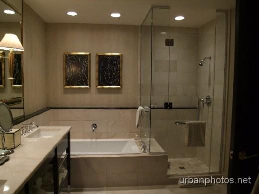 Encore room 6226 bathroom
