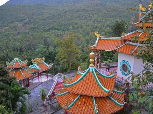 Chinese Temple is a highlight of Koh Phangan