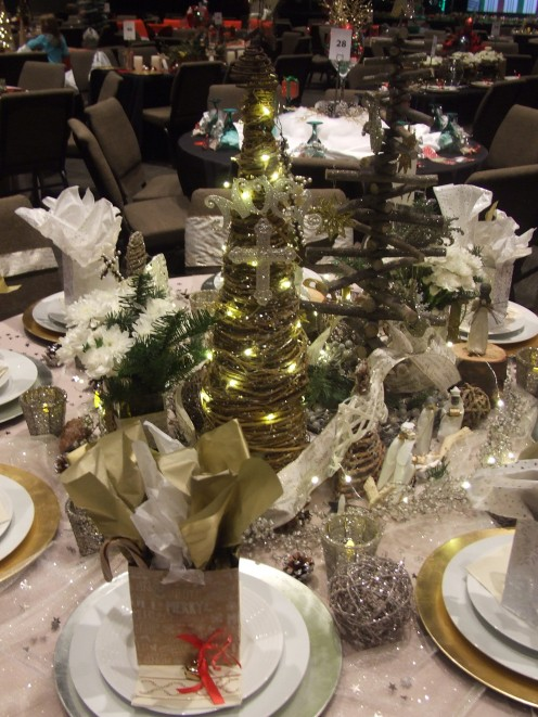 The Rejoice Christmas Table