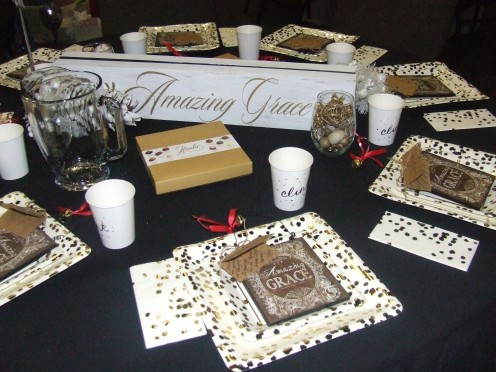 The Sweet Amazing Grace Christmas Table