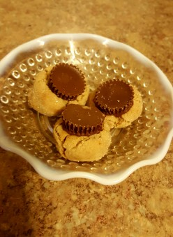 Delicious Mini Reese Peanut Butter Cup Cookies
