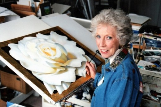 Margaret Keane at age 90, in her studio & still painting