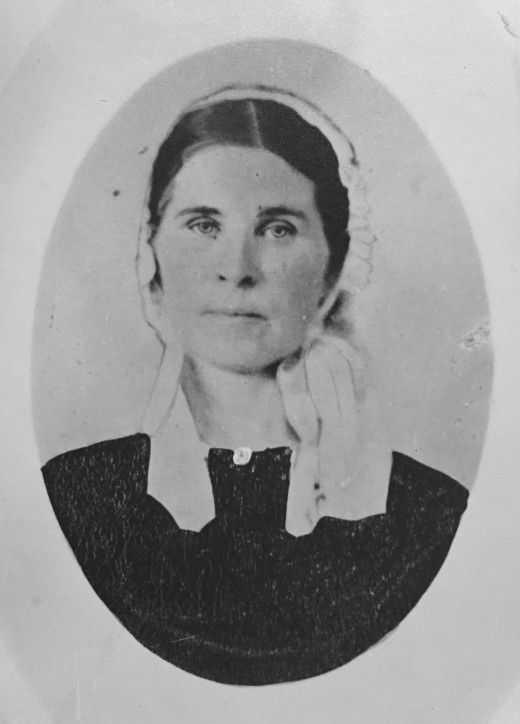 Margretta Dunham, wife of Cornelius Dunham.  Pioneer settler of Crawford County, Iowa ... she is buried in the Valley View Cemetery.