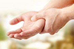 Reasons why People Experience Shaky Hands (Hand Tremors) and Available Remedies