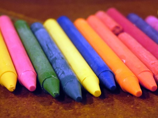 This is a good opportunity to repurpose those old, crusty crayons taking up space in your craft bin.
