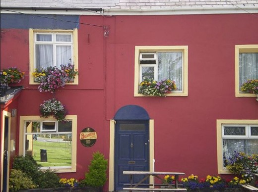 A colourful pub in Tralee