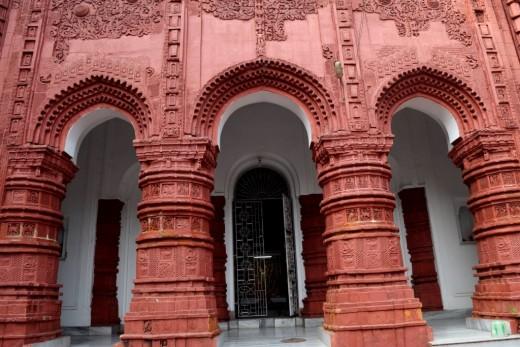 The pillars of Nandadulal Jiu temple, Gurap