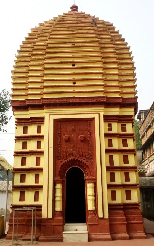'Dol Mancha' : Nandadulal Jiu temple, Gurap