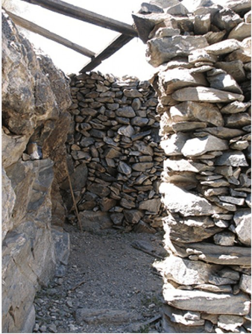 This is the rock house near the Sierra Estrella mine. For more info, see http://westernmininghistory.com/mine_detail/10186833