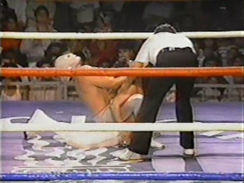 Casas caught in Santo's camel clutch during their classic 1987 match for WWA