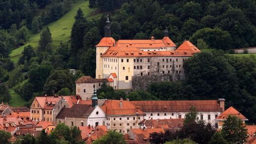 Loka Castle