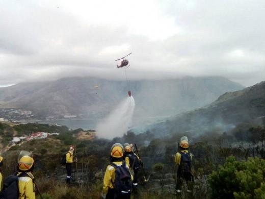 Simonstown raging fires, January 2017