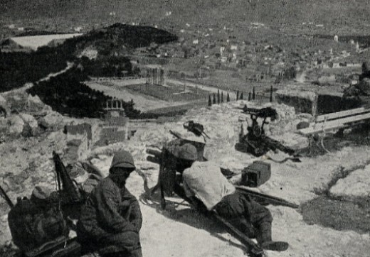 Greek forces wait for the French.