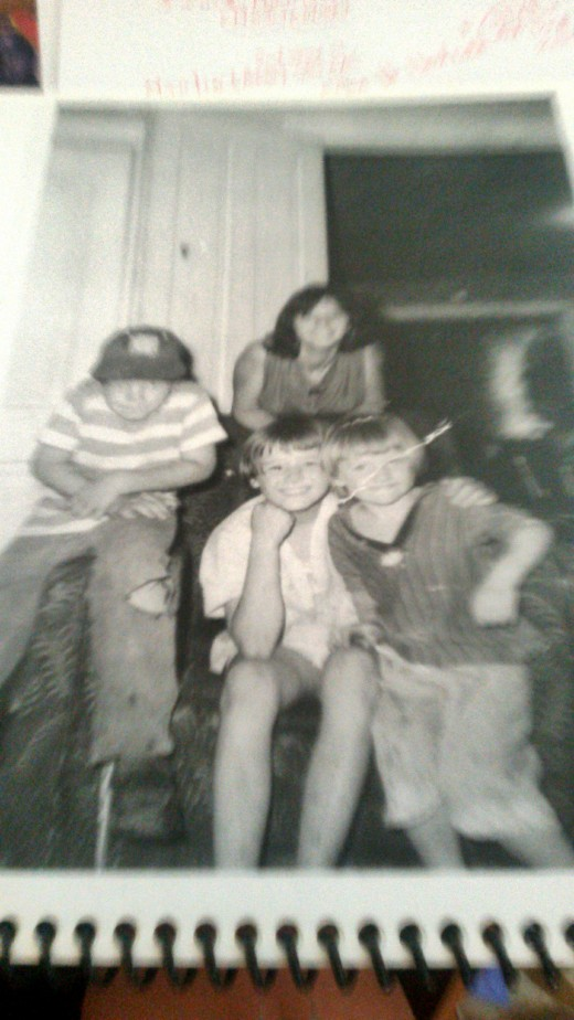 Patti is sitting in the middle.  Picture was taken probably in 1963.