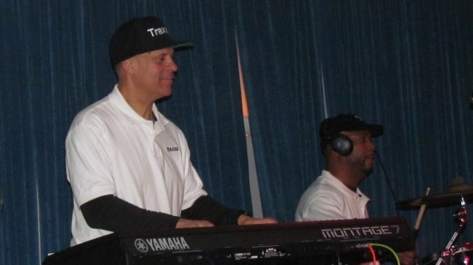 A get down session during one of Traxx9 performances.