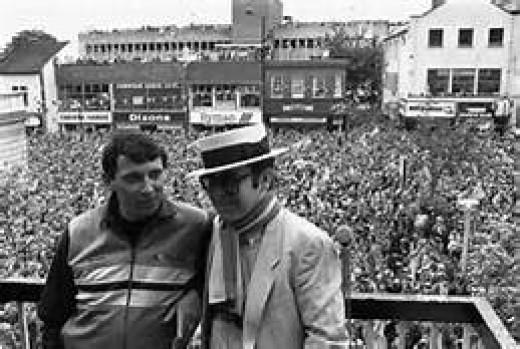 Elton with Graham Taylor at Watford