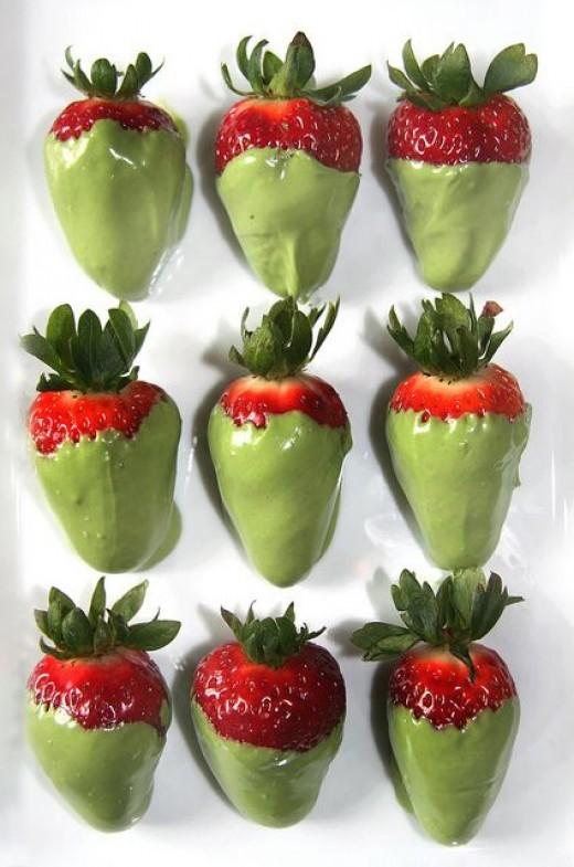 Matcha Mini Cheesecakes with White Chocolate Covered Strawberries