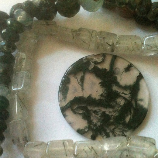 Moss agate is considered by many to be a stone of new beginings.