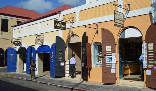 Duty-free shops line Main Street in Charlotte Amalie. © 2017 Scott Bateman