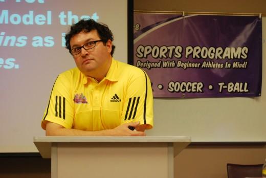 Guest lecturer, Dr. Kayden fields a question