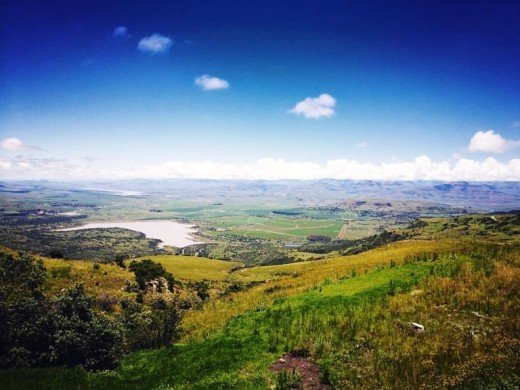 The Boarder Post, Olieviershoek Pass, Kzn, South Africa