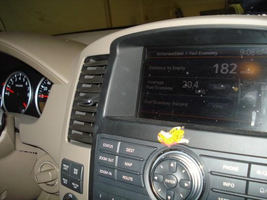 2008 Nissan Pathfinder. 2008 Nissan Pathfinder V-8