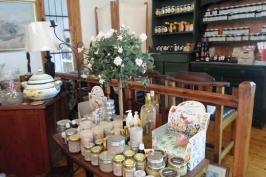 Gift shop in Tea Garden, Van Reenen, KZN, South Africa