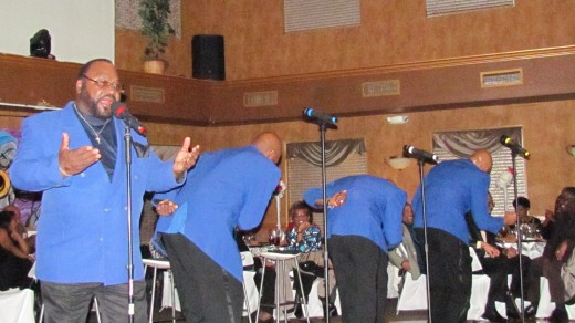 The Blue Notes featured Sugar Bear, get down with their steps during this powerful performance.