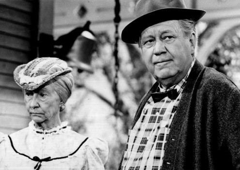 Irene Ryan as Granny  Clampett with Edgar Buchanan  as Uncle Joe Carson of  Pettitocat Junction.