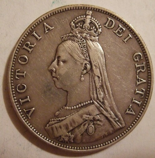 In 1887 when Britain was celebrating the golden Jubilee of Queen Victoria this crowned portrait was depicted on Britsh coins that year.