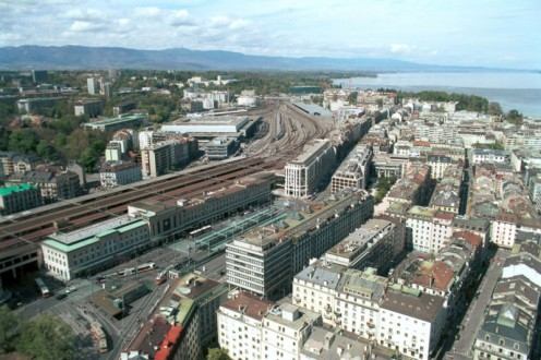 Aerial photo of Geneva, Cornavin Station, rue de Lausanne and Lake Geneva
