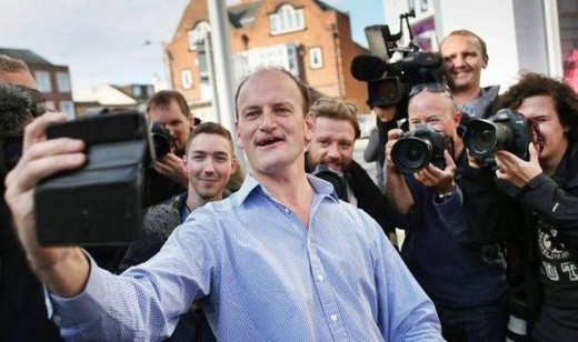 Douglas Carswell posing for selfie with supporters