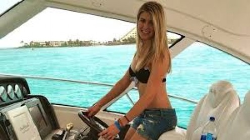 This gorgeous lady is much more than just some eye candy, though. Eugenie Bouchard has won Newcomer of the Year, Most Improved Player, and Canada female player of the year.