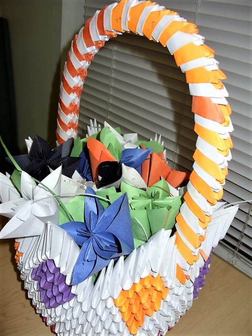 3D Origami Flower Basket Click Thumbnail To View Full Size