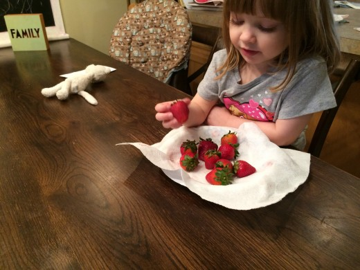 Little E getting ready to dig into some fresh-delivered strawberries thanks  to Jet.com grocery delivery.
