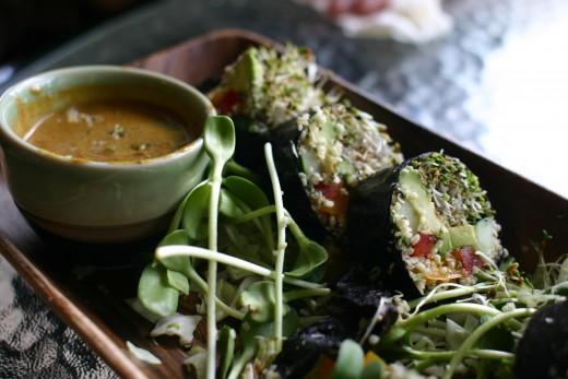 Raw foods vegan lunch - yum!