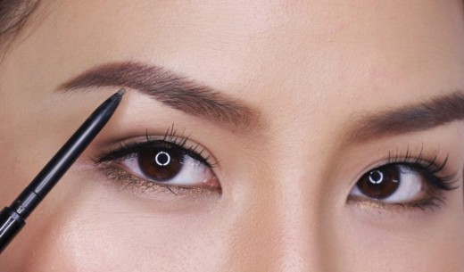 Use Waterproof Eyebrow Pencil, for Perfectly Shaped Brows
