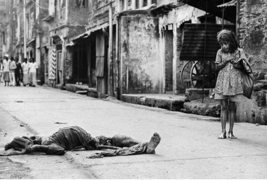 Flashback: East Pakistan(1971) - A Corpse Lying in the Middle of the Street